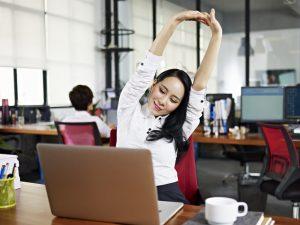 8 bài tập nơi công sở cho người bệnh tăng huyết áp