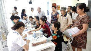Hàng nghìn người dân trên cả nước được tầm soát tăng huyết áp miễn phí