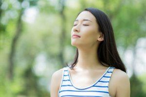Thở đúng cách để cân bằng huyết áp