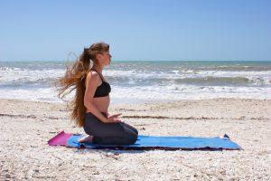 4 tư thế yoga cho người tăng huyết áp