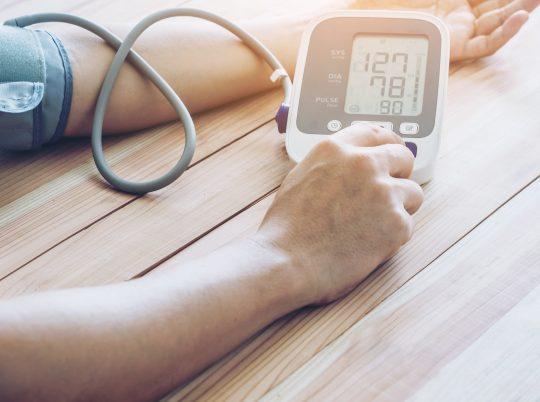Tự theo dõi huyết áp tại nhà